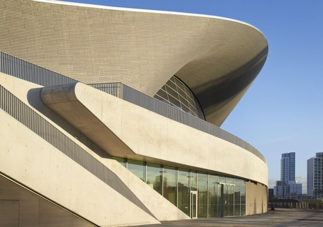 00_hadid-acquatic-centre