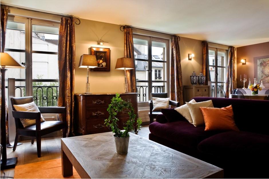 Notre Dame Apartment