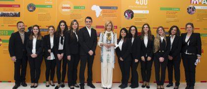 Alumnos de EIP Barcelona con María Teresa Fernández de la Vega