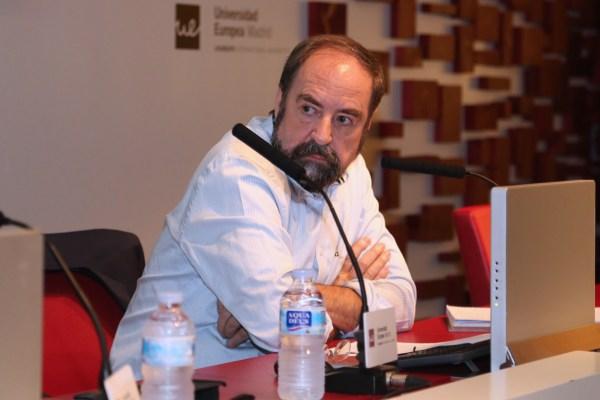 Felipe Sahagún durante la conferencia