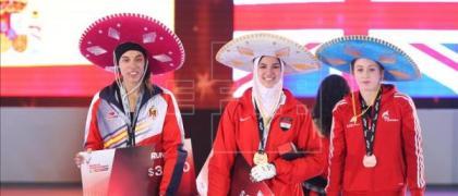 Eva Calvo (Izq) medalla de plata en el Grand Prix de la Ciudad De México.