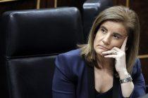 NAC50. MADRID, 15/02/2012.- La ministra de Empleo, Fátima Báñez, durante la sesión de control al Ejecutivo que se celebra en el Congreso de los Diputados. EFE/Emilio Naranjo