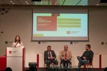 Mercedes Agüero, vicedecana de comunicación junto a los invitados Casimiro García-Abadillo, Antonio Ñudi y el profesor Rodrigo Mesonero. Foto por Marta Rodríguez
