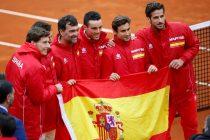 GRAF4848. MARBELLA (MÁLAGA), 04/02/2018.- El equipo de tenis español, esta tarde tras ganar el cuarto partido de la eliminatoria de primera ronda del Grupo Mundial de la Copa Davis España-Gran Bretaña en el C.T. Puente Romano. EFE/Carlos Díaz