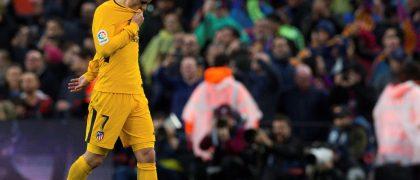 GRAF4843. BARCELONA, 04/03/2018.- El delantero francés del Atlético de Madrid, Antoine Griezmann, durante el partido de la vigésimo séptima jornada de Liga que disputan frente al FC Barcelona hoy en el estadio Nou Camp de Barcelona. EFE/ Enric Fontcuberta