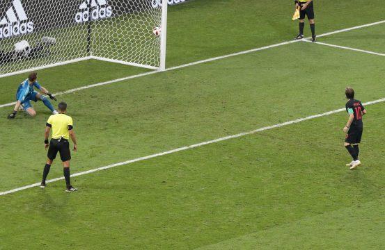 Luka Modric en la tanda de penaltis / EFE