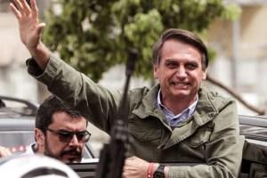 http://www.radiomontecarlo.com.uy/2018/11/04/internacionales/bolsonaro-cumple-una-semana-como-presidente-electo-centrado-en-la-transicion/