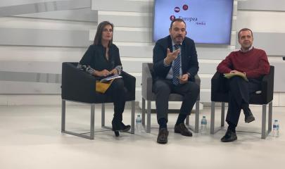 Rosa Maria Mateos , Juan Pablo Colmenarejo y Juan José Ceballos /Carlota Moro