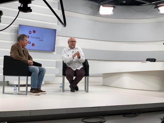 Antón Castro en la Semana de la Comunicación en la Universidad Europea de Madrid. / Manuela Barney