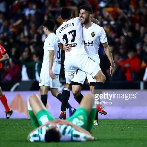 Francis Coquelin of Valencia CF and Piccini of Valencia CF  after  Spanish King La Copa match between  Valencia cf vs Real Betis Balompie Second leg  at Mestalla Stadium on February 28, 2019. (Photo by Jose Miguel Fernandez/NurPhoto via Getty Images) (Photo by Jose Miguel Fernandez/NurPhoto via Getty Images)