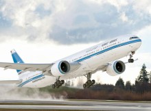Artist impression of a Boeing 777-300ER in the livery of Kuwait Airways