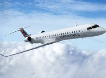 Bombardier CRJ900 NextGen in the livery of American Eagle (© Boembardier)