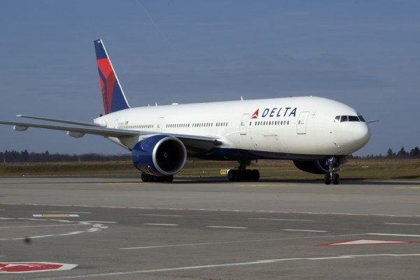 Delta Air Lines Boeing 777-200LR (© O. Pritzkow)