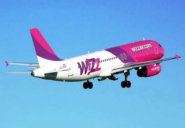 Wizz Air Airbus A320-200 (PD A. Pingstone)