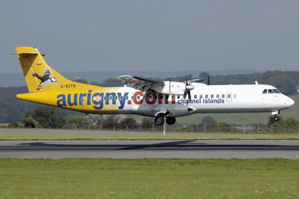 Aurigny ATR72-200 (PD Arpingstone)