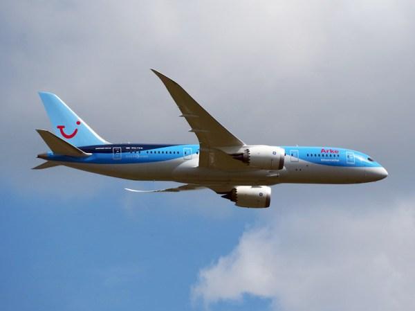Arkefly Boeing 787-8 (CC A. van Beem)