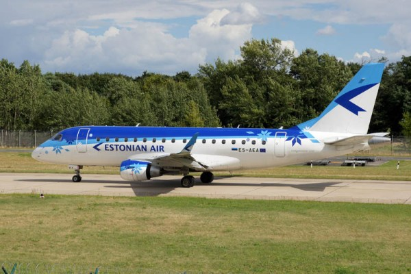 Estonian Air Embraer 170 (© O. Pritzkow)