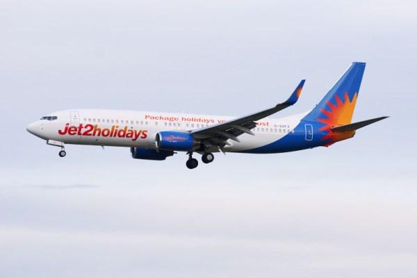 Jet2holidays Boeing 737-800 (© O. Pritzkow)