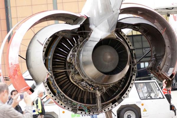 Geöffnetes Triebwerk an einem Airbus A330 (© O. Pritzkow)