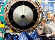 Triebwerksüberholung bei Lufthansa Technik AERO Alzey (© LH Technik)
