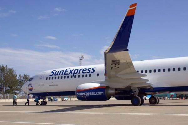 Bug einer Boeing 737-800 der SunExpress (© O. Pritzkow)