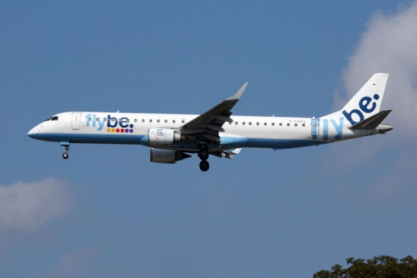 Embraer 195 der Flybe (© O. Pritzkow)