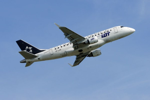 LOT Embraer 170 (© O. Pritzkow)
