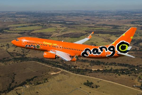 Mango Boeing 737-800 (© Mango, FransDely)