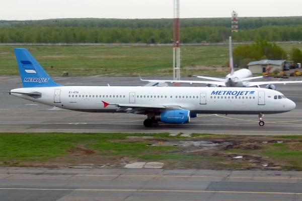 Airbus A321 der MetroJet (CC BY-SA 2.0 A. Zvereva)