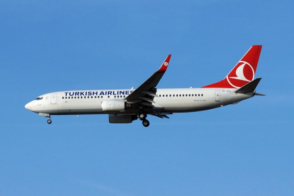 Turkish Airlines Boeing 737-800 (© O. Pritzkow)