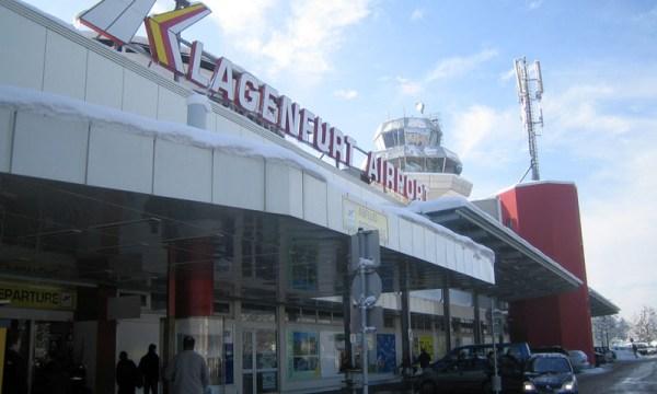 Terminaleingang Flughafen Klagenfurt (© Wikipedia)