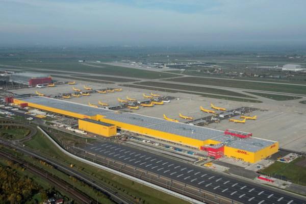 DHL-Hub Leipzig-Halle aus der Luft (© Mitteldeutsche Flughafen AG)