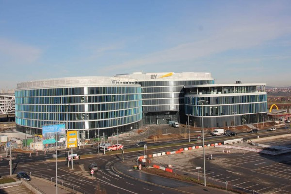 Skyloop-Bürogebäude (© Stuttgart Airport)