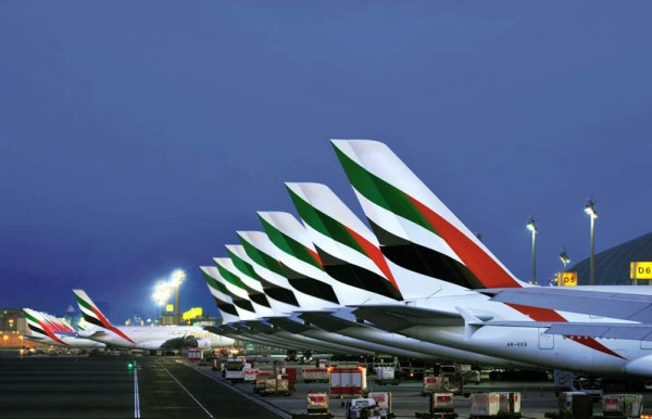Emirates-Flugzeuge am Dubai Airport (© Emirates)