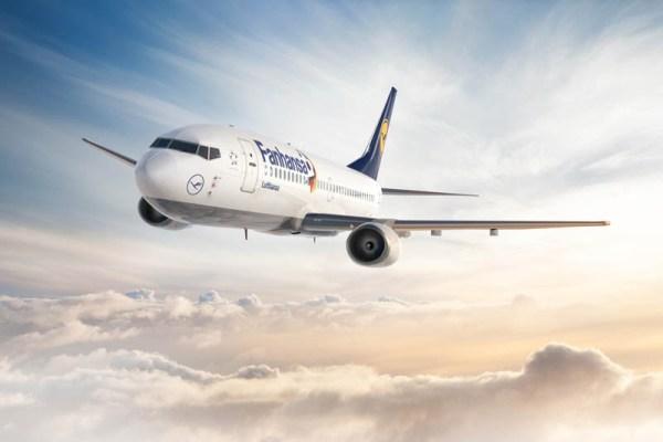Fanhansa Boeing 737 (© Lufthansa)