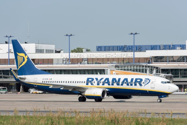 Ryanair am Flughafen Berlin-Schönefeld (© G. Wicker/FBB)
