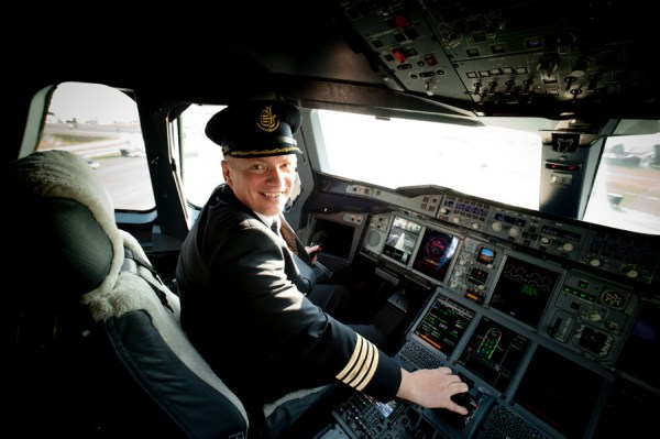 Emirates Captain Dirk Juchert (© Emirates)