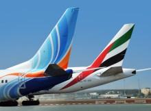 Leitwerke von flyDubai und Emirates (© Emirates)