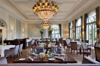 restaurant-gesamt-2-2500x1516.jpg