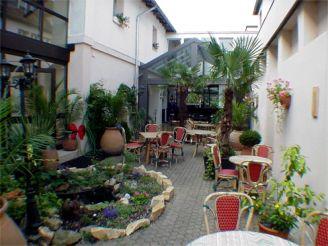 08-0738 Innenhof (1)