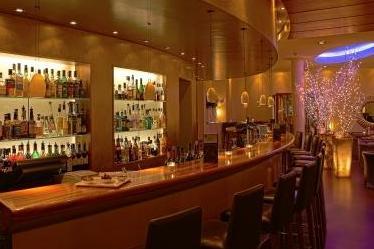 DesBalances_BarundRestaurant_0001