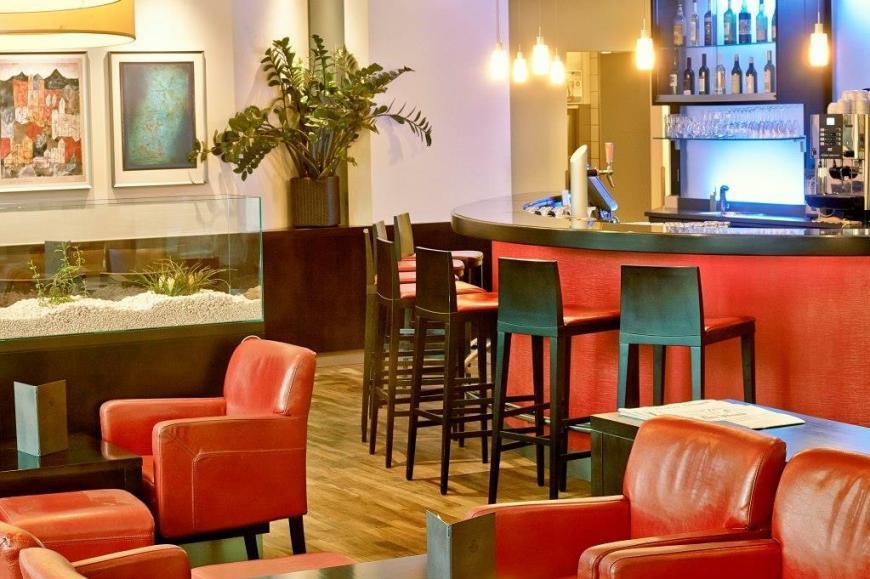 sorell-hotel-ador_kaffeebar_lounge-1