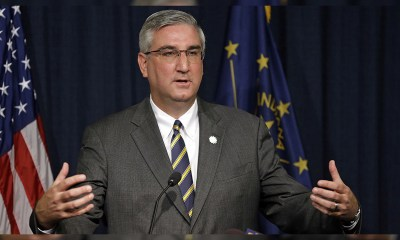 Indiana Governor Places First Legal Sports Wagers at Indiana Grand Casino in Shelbyville
