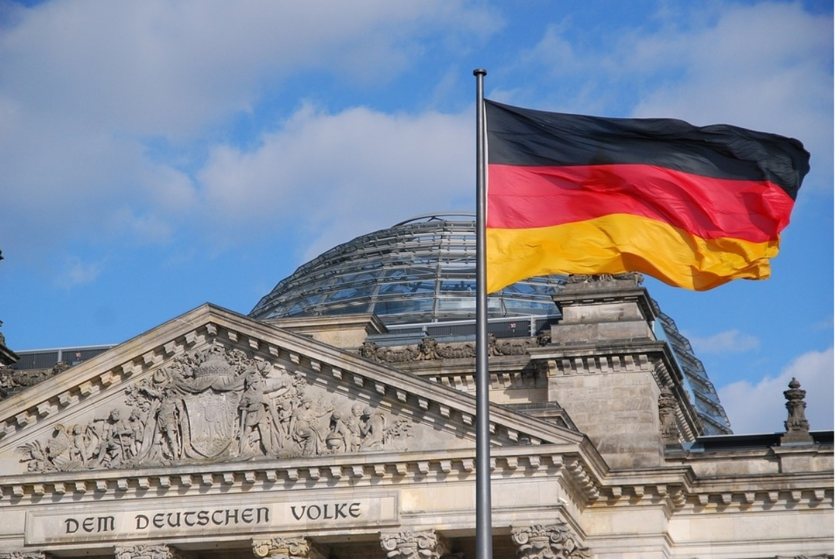 A Balanced Take on Optimal RTP for New Turnover Taxation in Germany