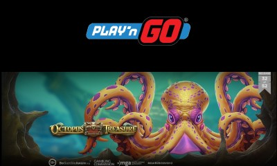 Play'n GO Strike Gold with Octopus Treasure