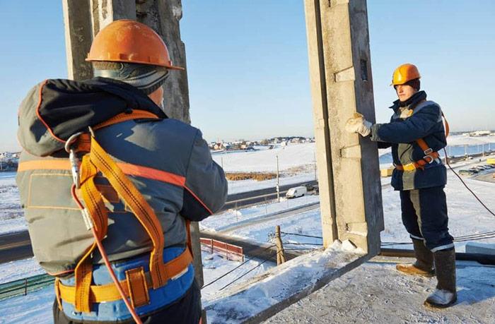 consejos-trabajar-altura-seguridad--invierno