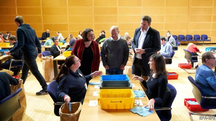 Germany Votes: SPD to Replace Merkel-Led Coalition