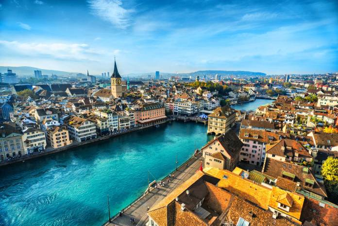 The 5 Warmest Destinations for Autumn Sun in Europe