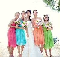 Bridesmaid group, beautiful scenery on the wedding ...