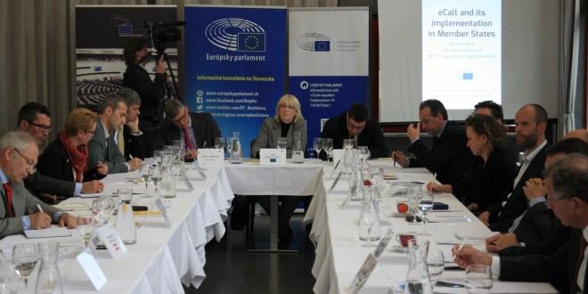 Brno, diskusia eCall